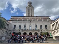86 Manor ISD students at UT-Austin tower